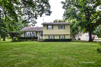 Marengo Single Family Home For Sale: 21909 Grossen Road