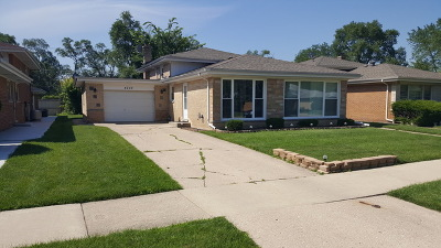 Skokie Single Family Home For Sale: 4209 Enfield Avenue