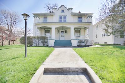 Elgin Single Family Home New: 917 Douglas Avenue