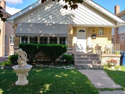 Evergreen Park Single Family Home For Sale: 9207 South Albany Avenue