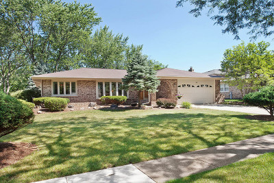 Darien Single Family Home Contingent: 1706 Holly Avenue