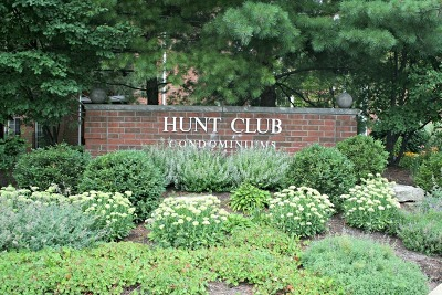 St. Charles Condo/Townhouse New: 175 Hunt Club Drive #175