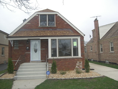 Evergreen Park Single Family Home For Sale: 9011 South Troy Avenue