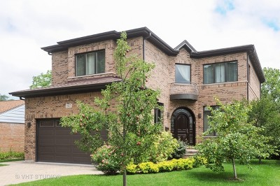 Skokie Single Family Home Contingent: 7527 North Kildare Avenue