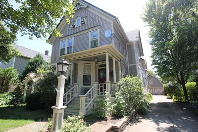 Barrington Single Family Home For Sale: 137 West Lincoln Avenue