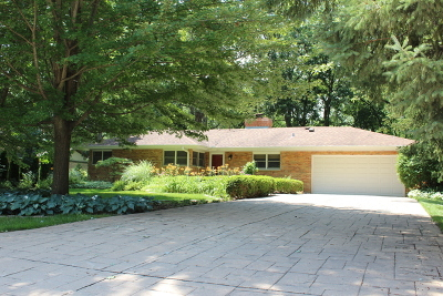 Lincolnshire Single Family Home For Sale: 78 Hickory Lane