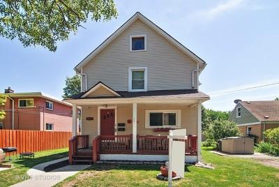 Brookfield Multi Family Home For Sale: 9025 Burlington Avenue