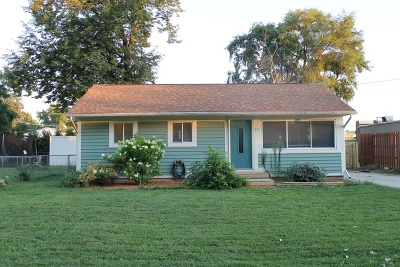 Elburn Single Family Home Contingent: 111 East Nebraska Street