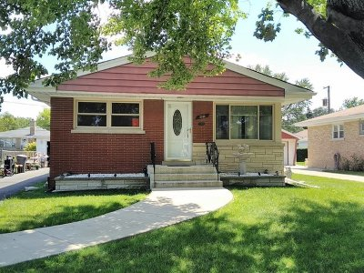 Broadview Single Family Home Contingent: 2232 Elizabeth Drive