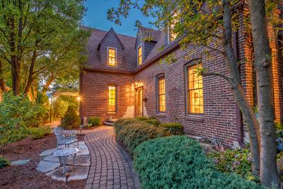 Glen Ellyn Single Family Home Price Change: 588 Turner Avenue