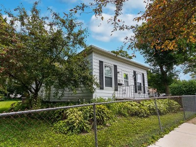 St. Charles Single Family Home Price Change: 318 South 10th Avenue