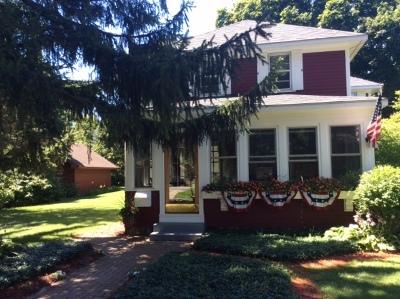 Crystal Lake Single Family Home For Sale: 50 South Caroline Street