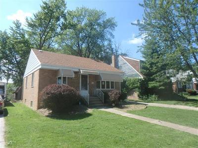 Lansing Single Family Home Re-activated: 17644 Burnham Avenue