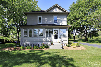 Johnsburg IL Single Family Home For Sale: $205,000
