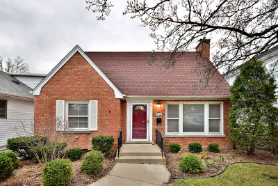 Elmhurst Single Family Home For Sale: 474 South Poplar Avenue