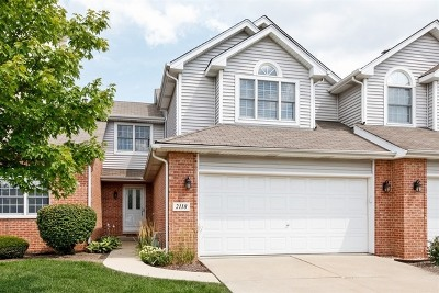 Woodridge Condo/Townhouse Contingent: 2118 Clover Lane