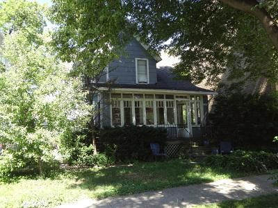 Oak Park Single Family Home Contingent: 941 South Elmwood Avenue