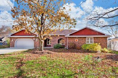 Wheaton Single Family Home For Sale: N527 Herrick Drive