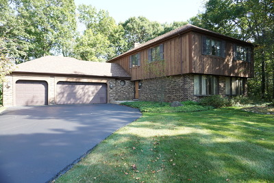 Barrington Single Family Home For Sale: 127 Hidden Oaks Drive