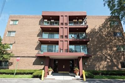 Skokie Condo/Townhouse For Sale: 4838 West Howard Street #407