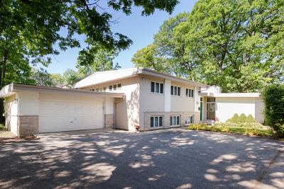Highland Park Single Family Home Price Change: 200 Sheridan Road