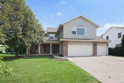 McHenry Single Family Home For Sale: 5104 West Malibu Court