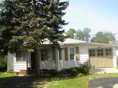 Lansing IL Single Family Home Contingent: $39,500