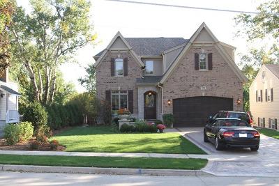 Glen Ellyn Single Family Home For Sale: 271 Hillside Avenue