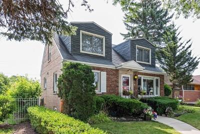 Skokie Single Family Home For Sale: 7521 Keystone Avenue