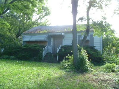 Barrington Single Family Home For Sale: 923 South Grove Avenue