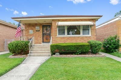 Calumet Park Single Family Home For Sale: 12452 South Honore Street