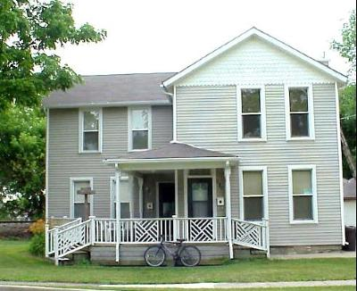 West Chicago IL Multi Family Home For Sale: $189,900