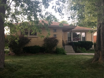 Single Family Home For Sale: 758 East 163rd Place East