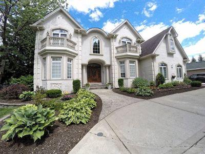 La Grange Highlands Single Family Home Price Change: 5939 South Edgewood Lane