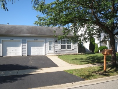 Plainfield Condo/Townhouse For Sale: 22237 West Niagara Trail