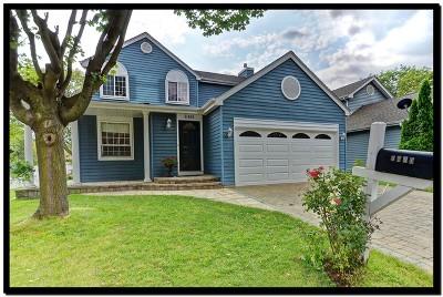Lisle Single Family Home Price Change: 6401 Woodsbriar Court