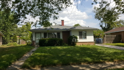 Calumet City Single Family Home For Sale: 904 160th Place