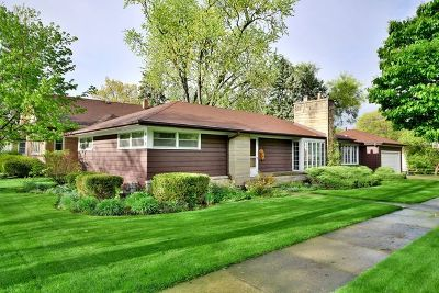Elmhurst Single Family Home For Sale: 615 South Spring Road