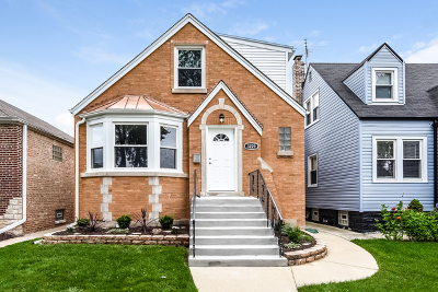 Chicago IL Single Family Home Price Change: $377,000
