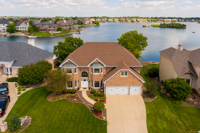 Plainfield Single Family Home Contingent: 13213 Lakepoint Drive