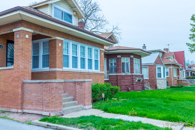 Single Family Home For Sale: 7844 South Merrill Avenue