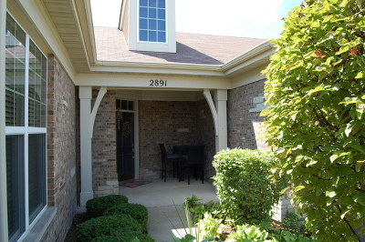 Carillon Club Condo/Townhouse Contingent: 2891 Normandy Circle