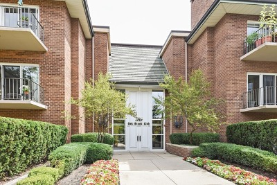 Oak Brook Condo/Townhouse For Sale: 6 Oak Brook Club Drive #K108
