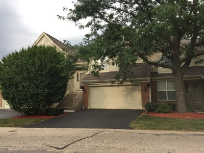 South Elgin Condo/Townhouse For Sale