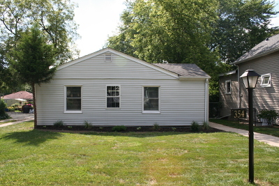 Lombard Single Family Home Contingent: 354 South Lodge Lane