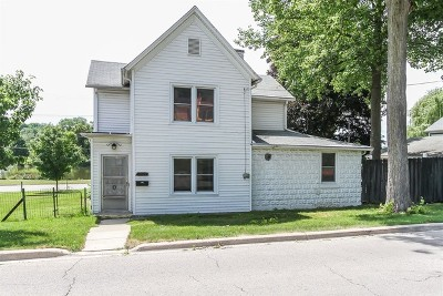 St. Charles Multi Family Home Contingent: 1009 South 6th Avenue