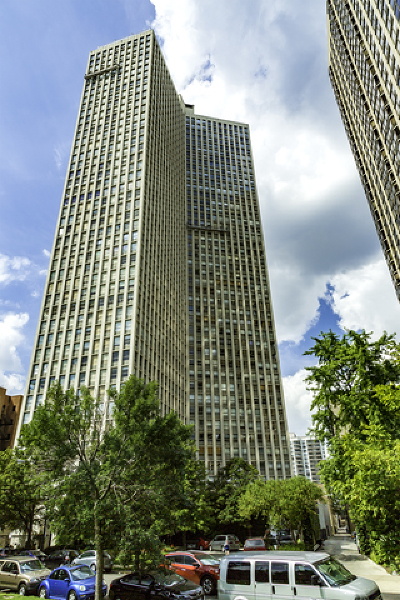 Cook County Condo/Townhouse Contingent: 2626 North Lakeview Avenue #3606