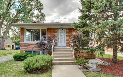 Evergreen Park Single Family Home New: 8832 South Mozart Avenue