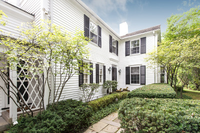 Winnetka Single Family Home For Sale: 910 Willow Road