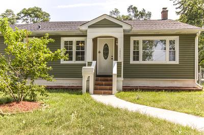 Lansing Single Family Home For Sale: 18441 Burnham Avenue